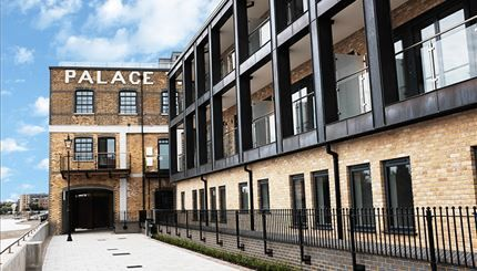 Thumbnail Flat to rent in Palace Wharf Apartments, Fulham