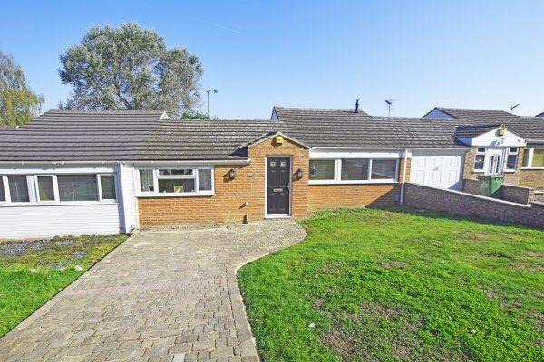 Thumbnail Link-detached house for sale in Gaynes Ford, Basildon
