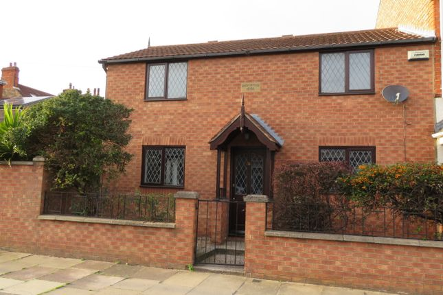 Thumbnail Semi-detached house to rent in Nicholson Street, Cleethorpes