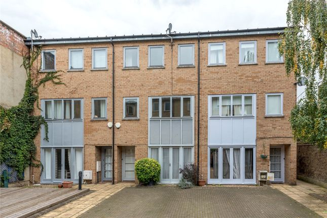 Thumbnail Terraced house to rent in Cobble Mews, 57 Islington Park Street, Islington