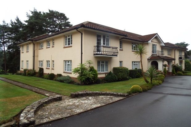 Thumbnail Flat to rent in Golf Links Road, Ferndown