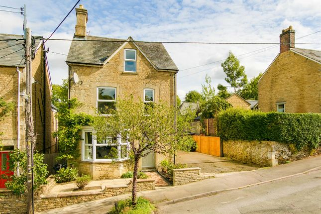 Thumbnail Detached house for sale in The Leys, Chipping Norton