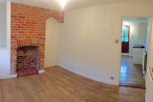 Thumbnail Terraced house to rent in Sicklesmere Road, Bury St. Edmunds
