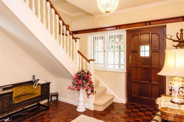 Spacious Entrance Hall
