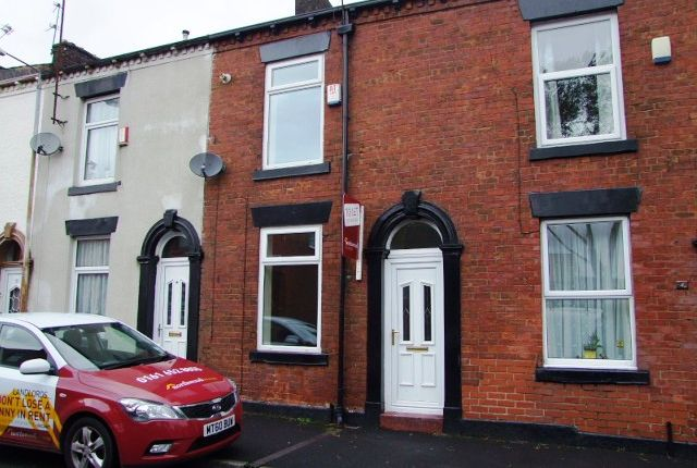 Thumbnail Terraced house to rent in Zealand Street, Watersheddings, Oldham
