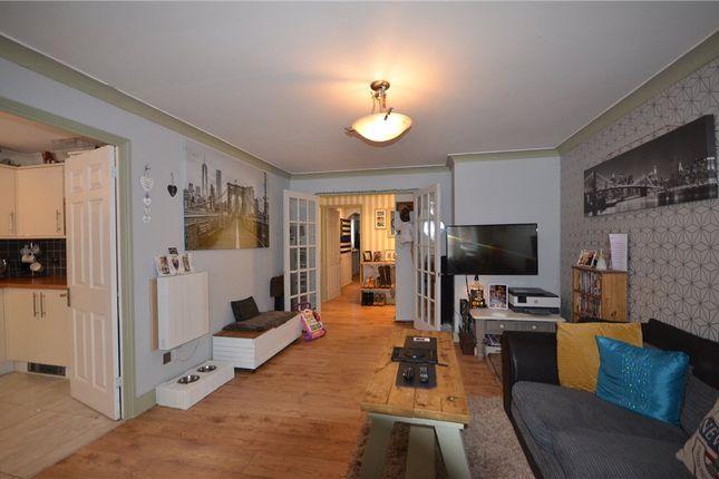 Living Room of Masefield Gardens, Crowthorne, Berkshire RG45
