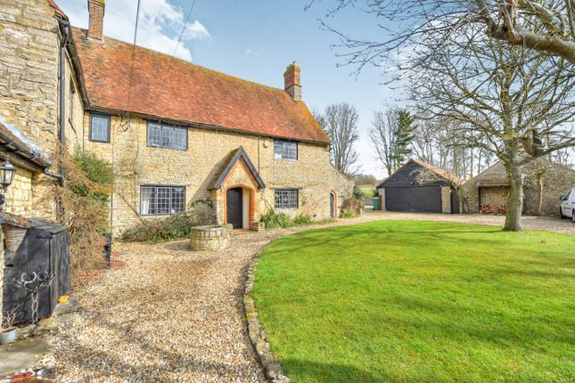 Thumbnail Property for sale in Tathall End, Hanslope, Milton Keynes
