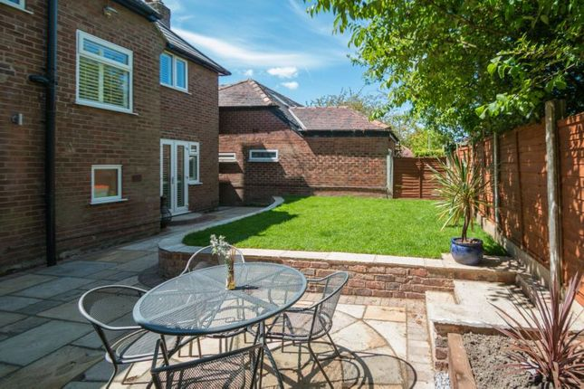 4 Bed Detached House For Sale In Rivershill Gardens Hale