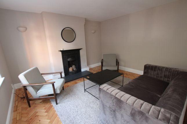 Thumbnail Cottage to rent in Lenton Avenue, The Park, Nottingham
