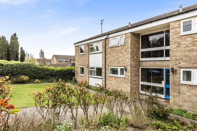 Thumbnail Flat to rent in Coombe Crescent, Bury