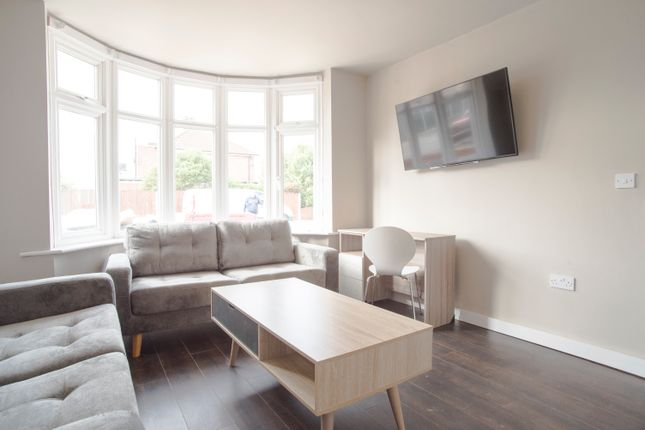 Thumbnail Semi-detached house to rent in Pelham Crescent, Beeston, Nottingham