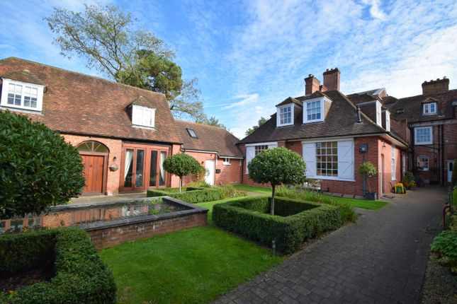 Thumbnail Terraced house for sale in Firgrove Road, Eversley, Hook