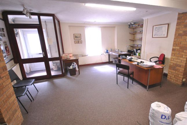 Reception Room of Barn Road, Carmarthen SA31