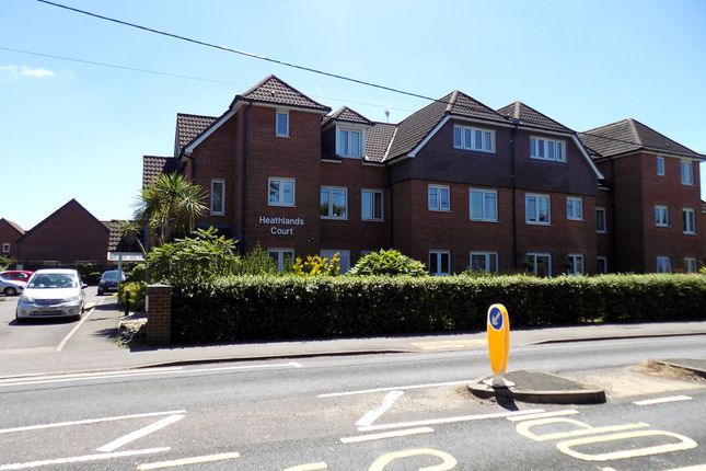 Thumbnail Flat for sale in Heathlands Court, Dibden Purlieu