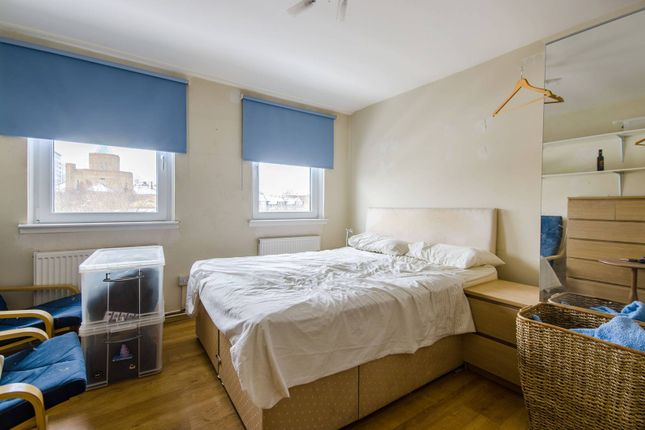 Thumbnail Flat to rent in East India Dock Road, Canary Wharf