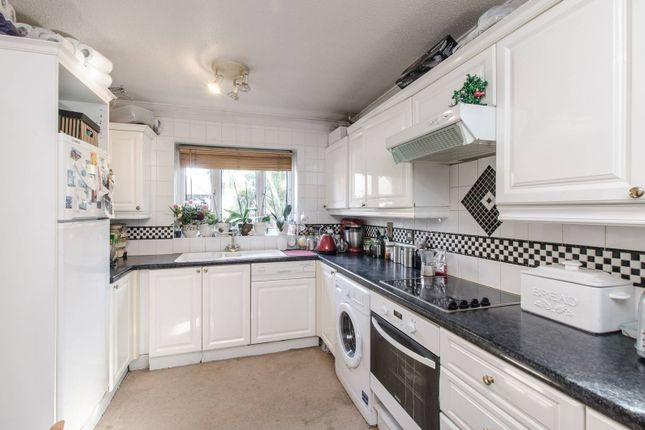 Thumbnail Property for sale in Bracken Close, Beckton