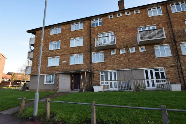 2 bed flat for sale in Thatches Grove, Chadwell Heath, Romford RM6