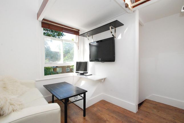 Thumbnail Property for sale in Reighton Road, London