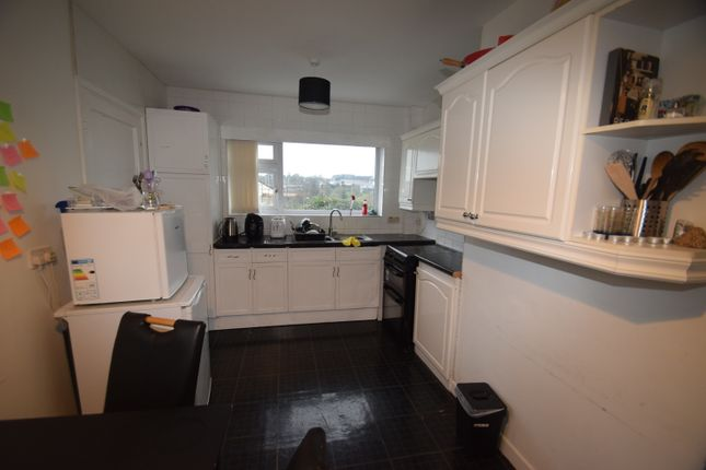 4 bed detached bungalow to rent in Green Lane, Penryn TR10