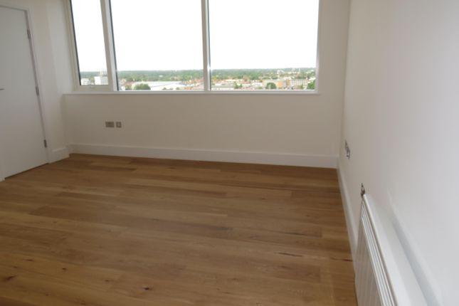 Living Room of High Street, Slough SL1