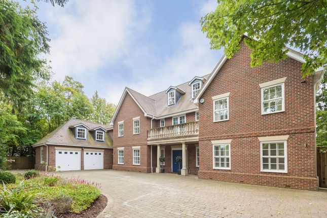Thumbnail Detached house to rent in Penn Road, Beaconsfield