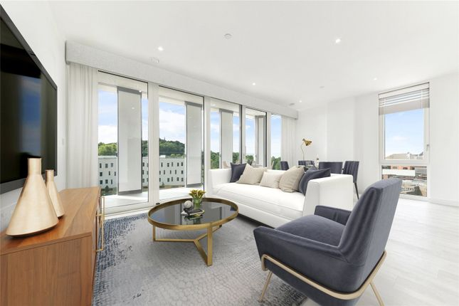 Thumbnail Flat for sale in Western Circus, Acton