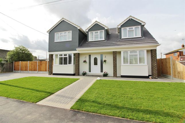 Thumbnail Detached house for sale in Hannett Road, Canvey Island