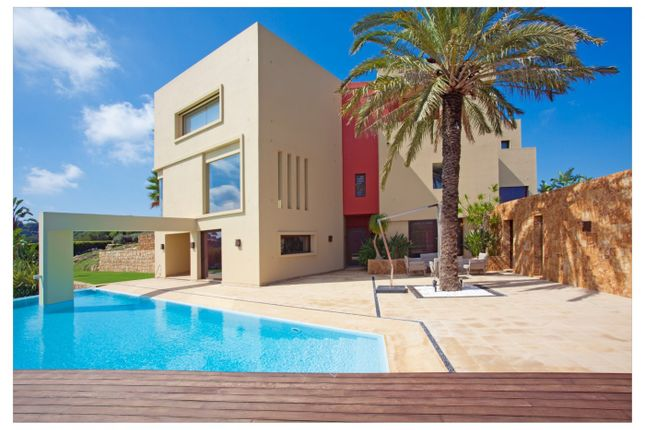 Thumbnail Villa for sale in 11310 Sotogrande, Cádiz, Spain