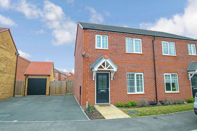 Semi-detached house in  Wood Road  Polesworth  Tamworth  Birmingham