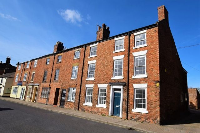 Thumbnail Town house to rent in West Street, Horncastle