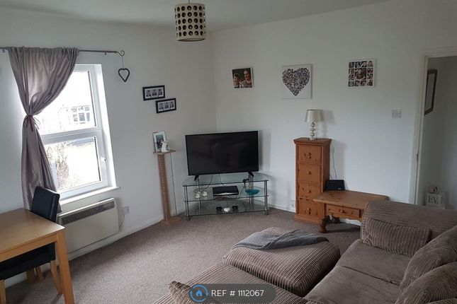 2 bed maisonette to rent in Owlsmoor Road, Owlsmoor, Sandhurst GU47