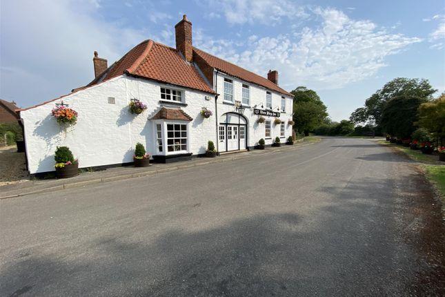 Thumbnail Pub/bar for sale in Three Kings Inn, Threekingham, Sleaford