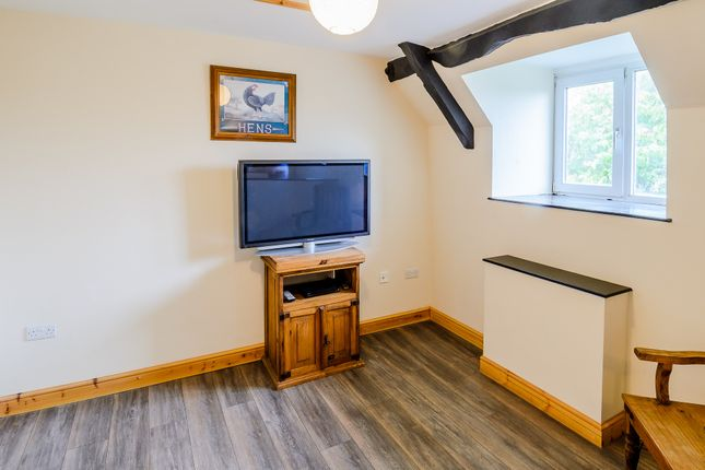 Thumbnail Flat for sale in The Vortex Inn, Cirencester Road, Fairford