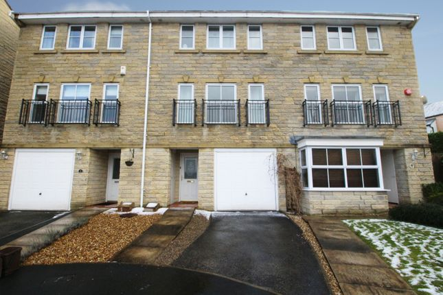 Thumbnail Town house for sale in Windermere Rise, Brighouse, West Yorkshire