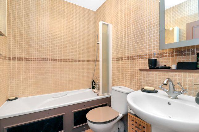 Bathroom of Mallard Road, Abbots Langley WD5