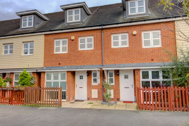 Thumbnail Town house for sale in Langtree Avenue, Cippenham, Slough