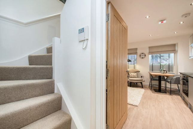 Thumbnail Flat for sale in Tempus Court, Bellfield Road, High Wycombe, Buckinghamshire