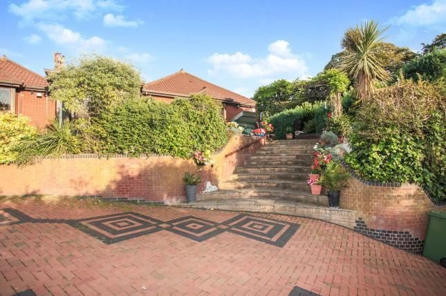 Thumbnail Bungalow for sale in Quarry Hill, Wilnecote, Tamworth, Staffordshire