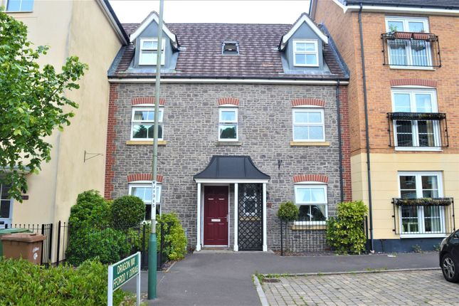 4 bed town house for sale in Dragon Way, Penallta, Hengoed