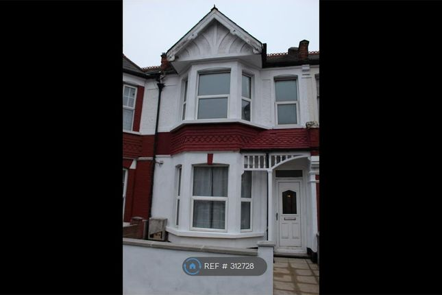 4 bed terraced house to rent in Dewey Street, London