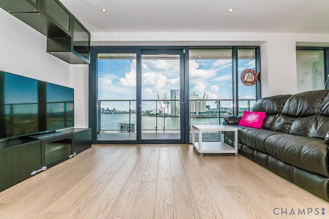3 bed flat to rent in Horizon Tower, 1 Yabsley Street, London E14