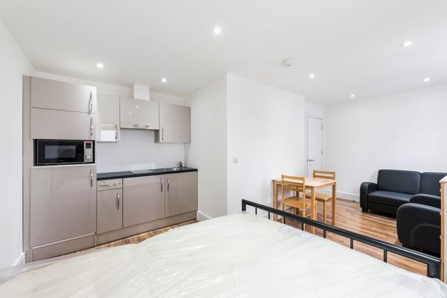 Studio to rent in St James Road, St James Mews, London