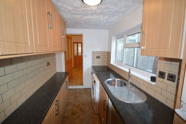 Thumbnail Terraced house to rent in Smith Street, Strood, Rochester