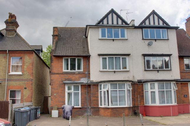1 bed flat to rent in Chatsworth Road, Croydon CR0