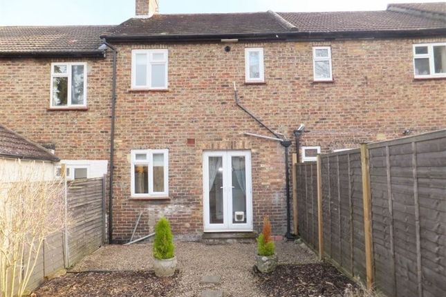 Thumbnail Terraced house to rent in Greatness Road, Sevenoaks