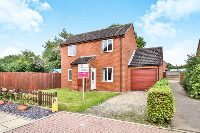 Thumbnail Detached house for sale in Highfield Close, Foulsham, Dereham