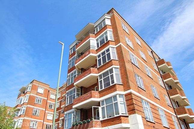 Thumbnail Flat to rent in Hove Street, Hove