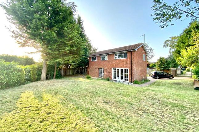 Thumbnail Detached house for sale in Fosseway Road, Coventry