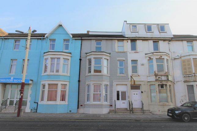 Thumbnail Flat to rent in Lytham Road, Blackpool
