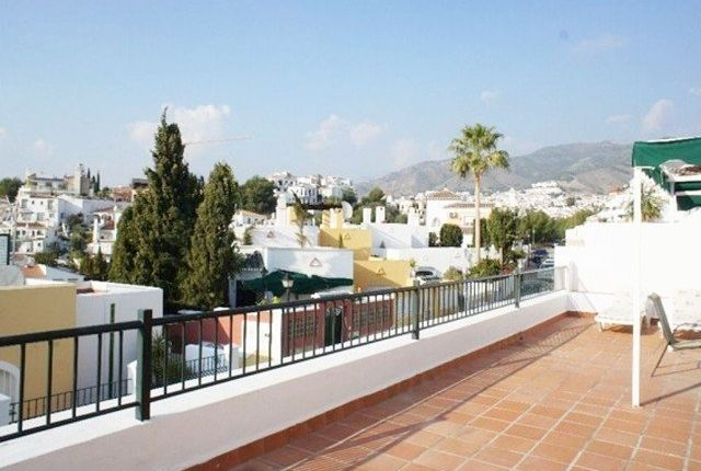 3 bed apartment for sale in Nerja, Málaga, Spain